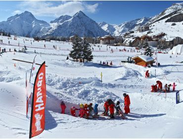 Ski village Sunny and snow-certain winter-sport village with lively apres-ski-5