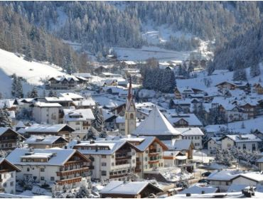 Ski village Small winter sport village at a high altitude with perfect ski options-1