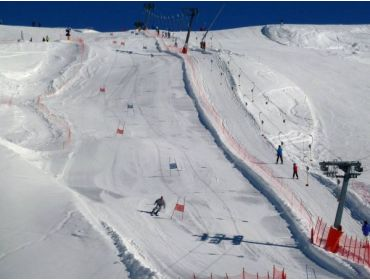 Ski village Small winter sport village at a high altitude with perfect ski options-7
