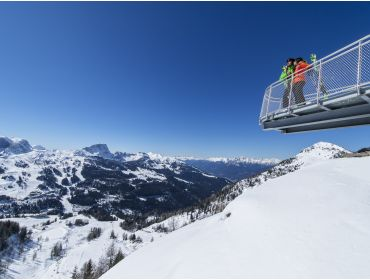 Ski village Sunny ski resort with good winter sports facilities-5