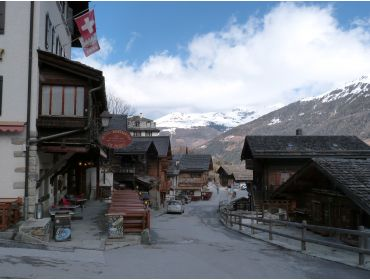 Ski village Beautiful, authentic winter-sport village with a ski area-24