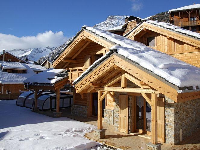 Chalets les deux alpes france for Garage les deux alpes