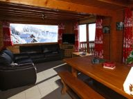 Chalet Le Soleil Levant with private swimming pool-7