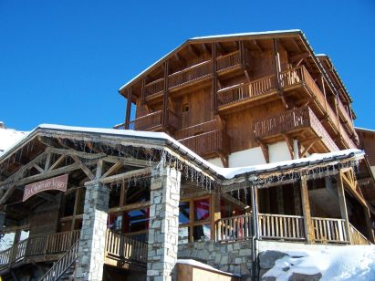 Chalet-apartment des Neiges Hermine with mezzanine