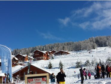 Ski village Cosy and child-friendly winter sport village at a central location-1