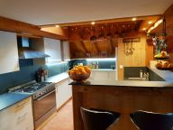 Chalet Carlina catering included with sauna and Jacuzzi