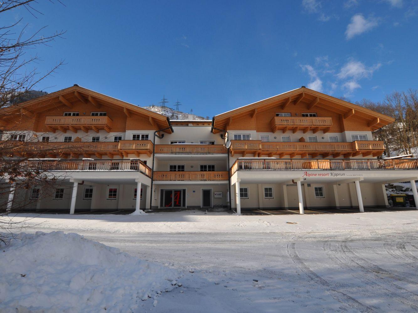 Alpine resort in kaprun for Alpine lodge