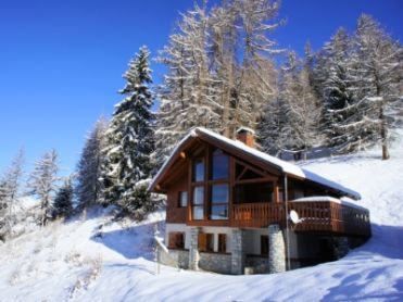 Chalet on the piste-1