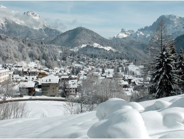 Ski village Charming Italian winter-sport village with several activities-1