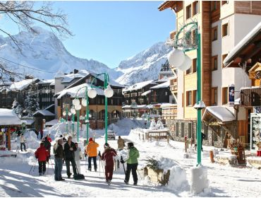 Ski village Sunny and snow-certain winter-sport village with lively apres-ski-1
